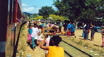Pyin U Lwin - Hsipaw, lunch stop