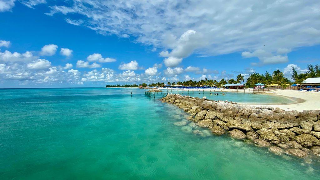 Miami to Nassau